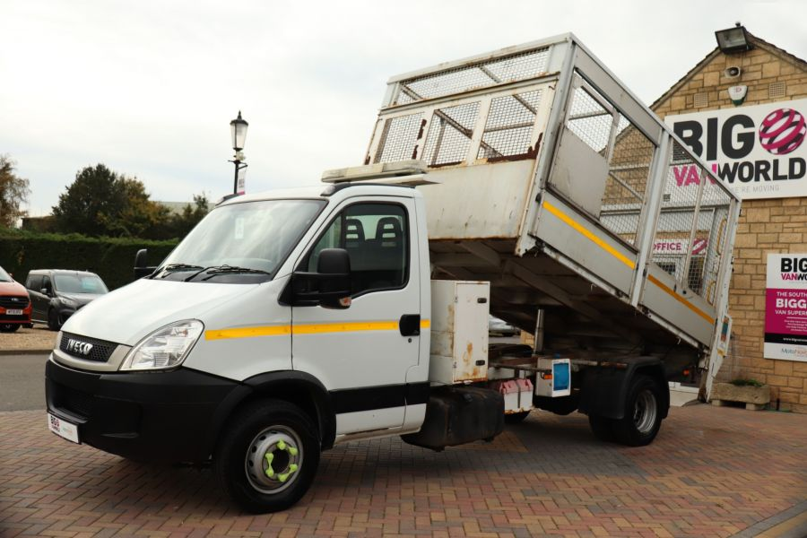 IVECO DAILY 70C18 3450 WB SINGLE CAB ALLOY CAGED TIPPER WITH TAIL LIFT - 9614 - 17