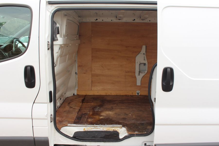 RENAULT TRAFIC LL29 DCI 115 L2 H1 LWB LOW ROOF - 6349 - 17