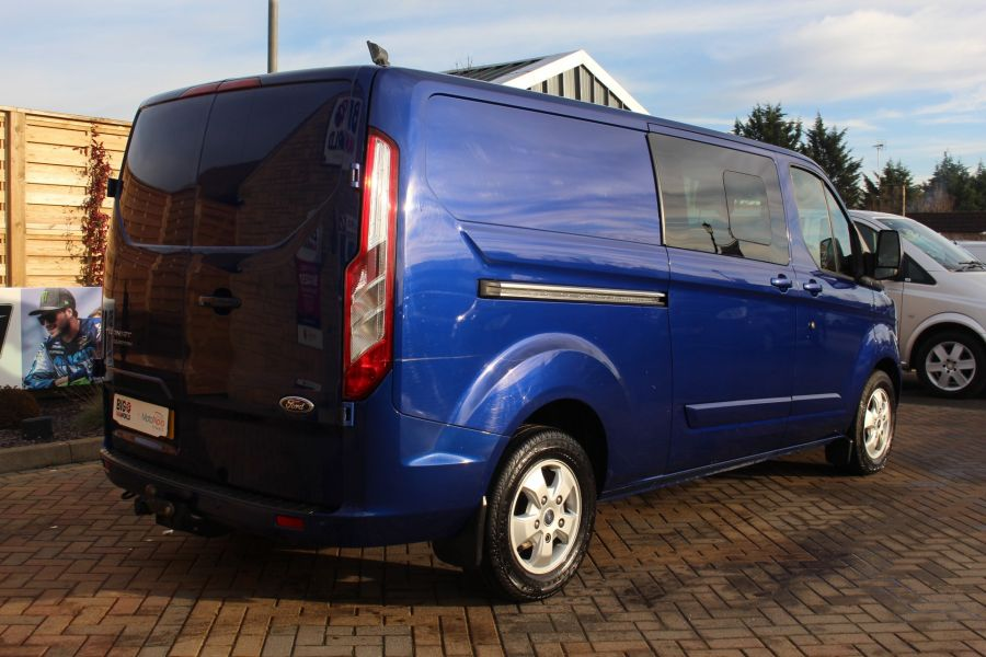 FORD TRANSIT CUSTOM 290 TDCI 125 L2 H1 LIMITED DOUBLE CAB 6 SEAT CREW VAN LWB LOW ROOF FWD  - 7113 - 5