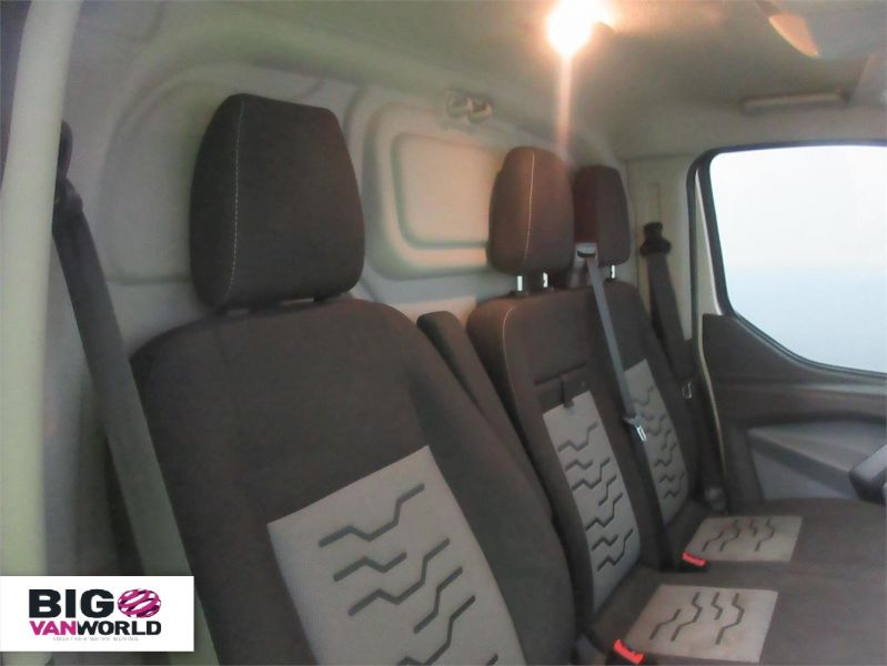 FORD TRANSIT CUSTOM 290 TDCI 155 LIMITED L2 H1 LWB LOW ROOF - 7230 - 10