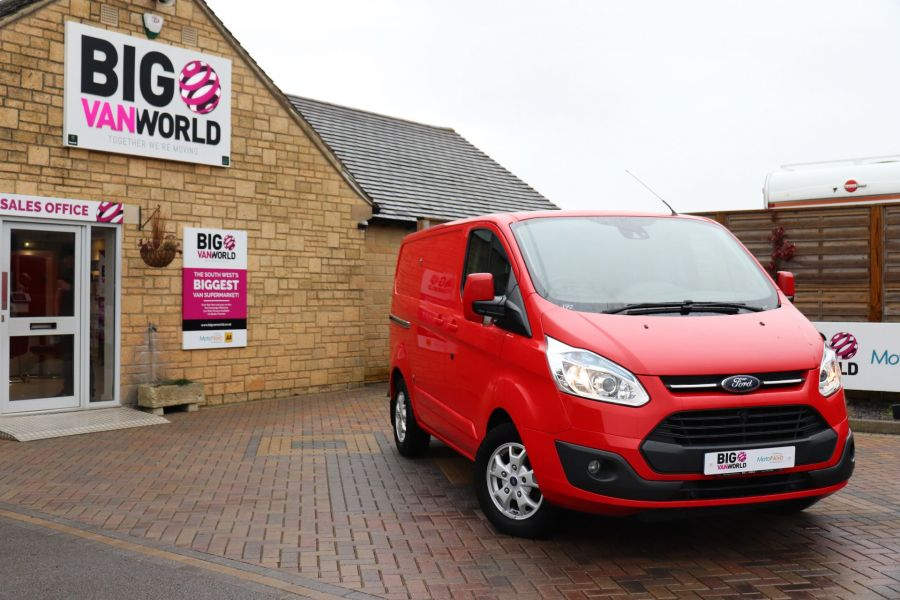 FORD TRANSIT CUSTOM 290 TDCI 125 L1H1 LIMITED SWB LOW ROOF FWD - 11904 - 5