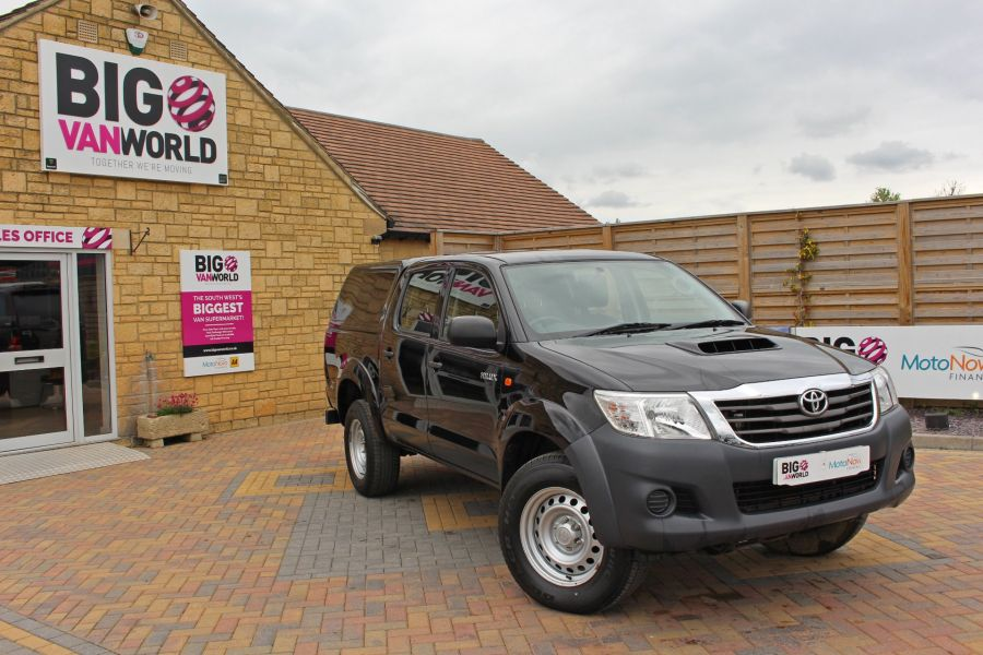 TOYOTA HI-LUX ACTIVE 4X4 D-4D 144 DOUBLE CAB WITH TRUCKMAN TOP - 9046 - 2
