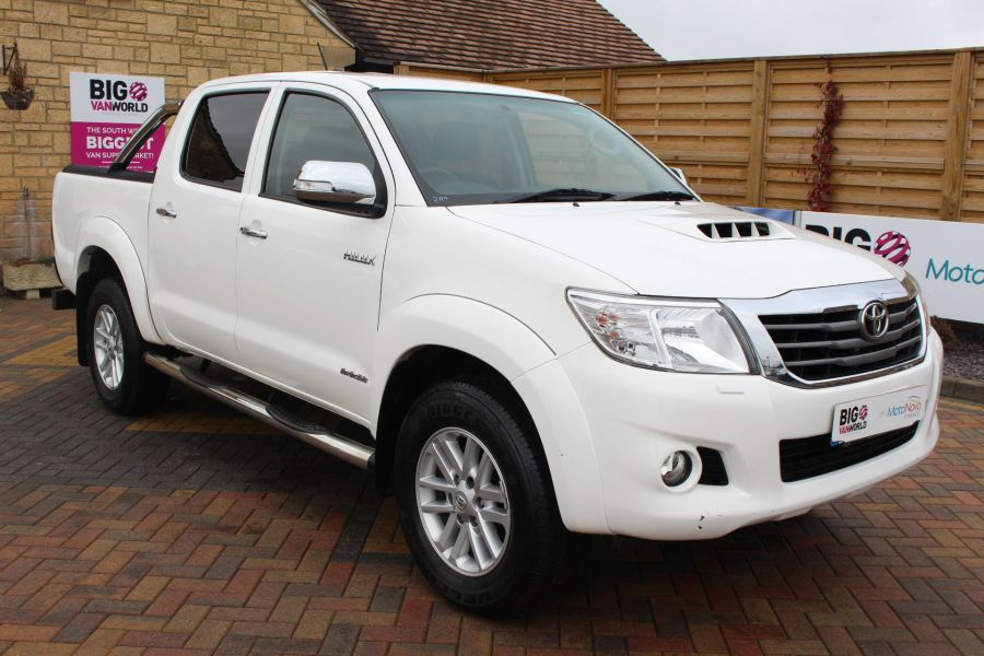 TOYOTA HI-LUX INVINCIBLE 4X4 D-4D 169 DOUBLE CAB WITH ROLL'N'LOCK TOP - 7307 - 3