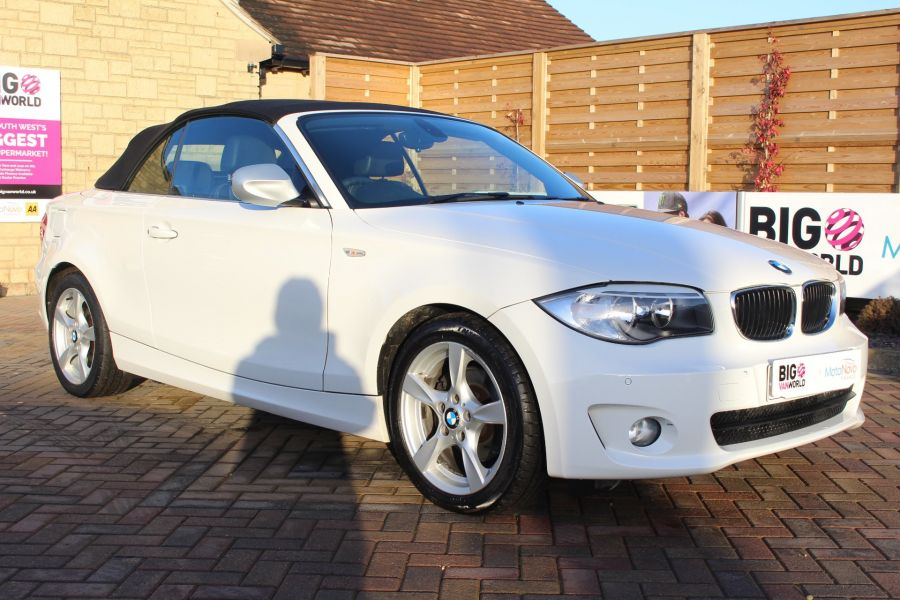 BMW 1 SERIES 120D EXCLUSIVE EDITION - 5886 - 4