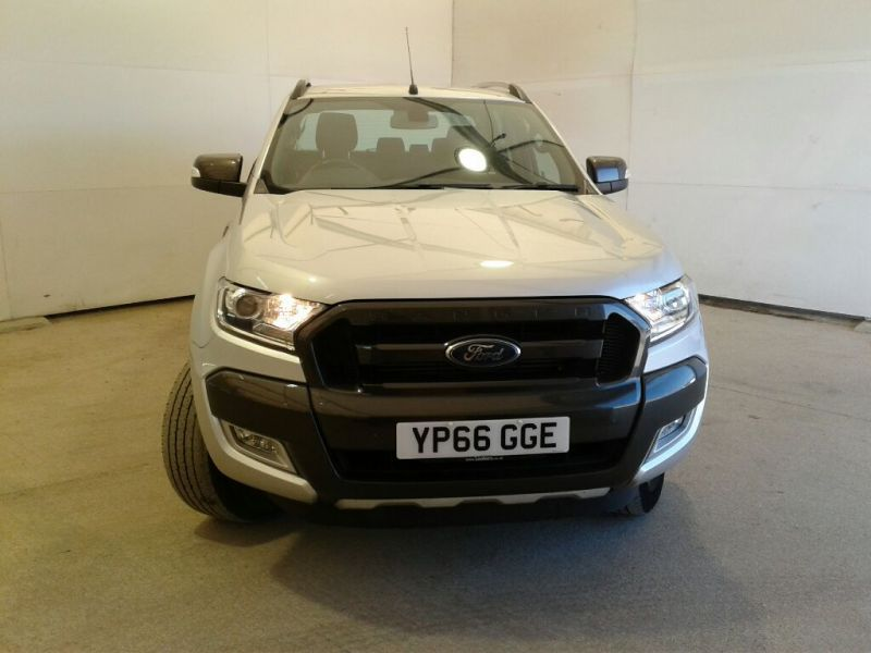 FORD RANGER WILDTRAK TDCI 200 4X4 DOUBLE CAB WITH ROLL'N'LOCK TOP  - 9989 - 2