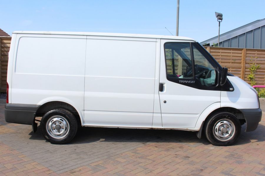 FORD TRANSIT 260 TDCI 85 SWB LOW ROOF FWD - 8235 - 4