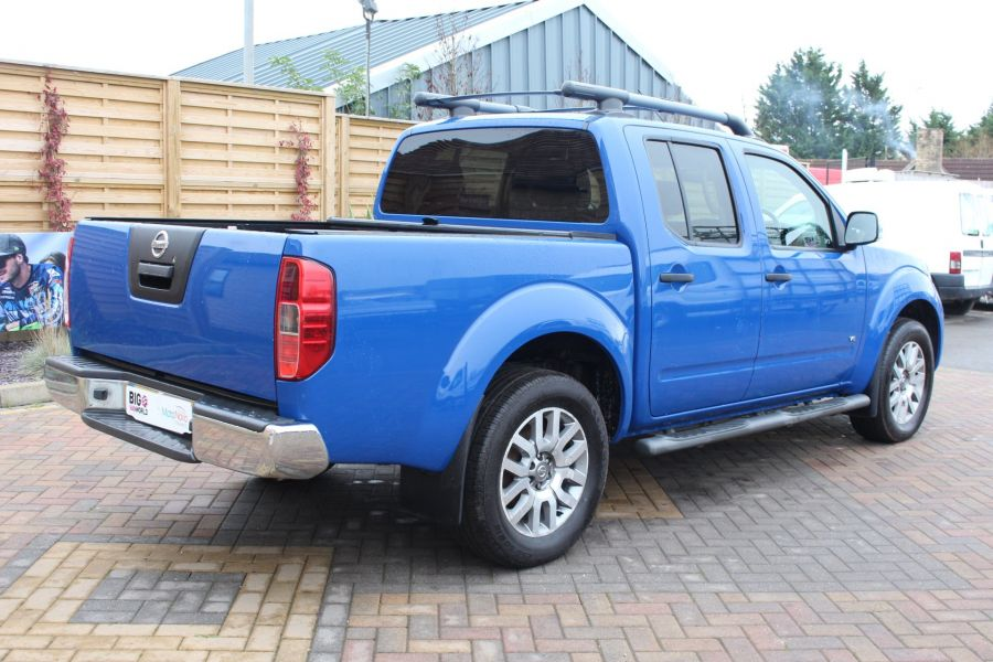 NISSAN NAVARA OUTLAW DCI 231 4X4 SHR DOUBLE CAB WITH ROLL'N'LOCK TOP - 6936 - 5