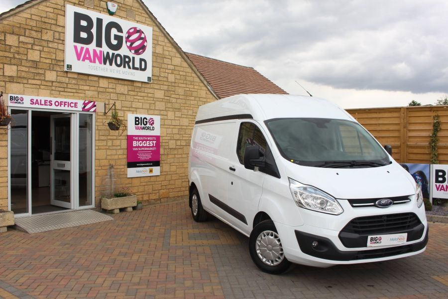 FORD TRANSIT CUSTOM 290 TDCI 125 TREND L2 H2 LWB HIGH ROOF - 6144 - 1