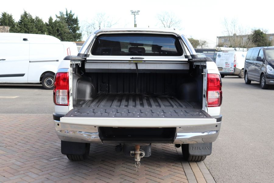 TOYOTA HI-LUX D-4D 150 INVINCIBLE X 4WD DOUBLE CAB WITH ROLL'N'LOCK TOP - 12270 - 49
