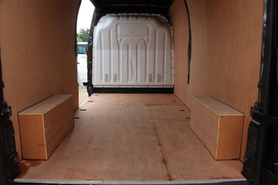 RENAULT MASTER LM35 DCI 125 LWB MEDIUM ROOF - 5779 - 23