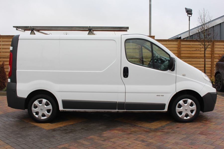 RENAULT TRAFIC SL27 DCI 115 L1 H1 SWB LOW ROOF - 7062 - 4