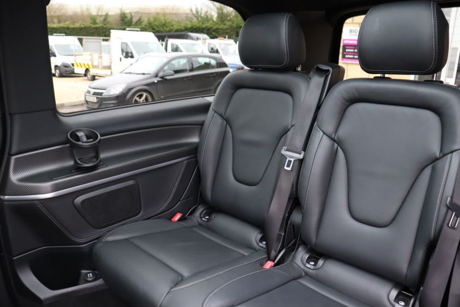MERCEDES V-CLASS V 220 D AMG LINE LONG 8 SEATS 7G--TRONIC PLUS - 10543 - 43