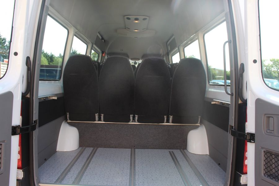 MERCEDES SPRINTER 316 CDI 163 TRAVELINER LWB 15 SEAT BUS HIGH ROOF - 8106 - 25