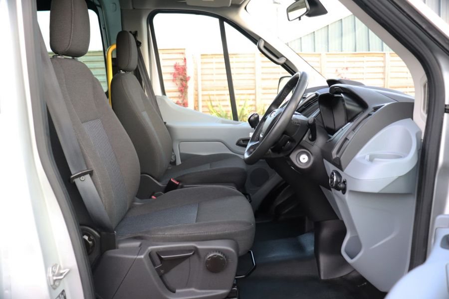 FORD TRANSIT 460 TDCI 155 L4H3 TREND 17 SEAT BUS HIGH ROOF DRW RWD - 10109 - 13