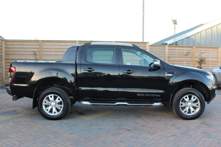 FORD RANGER WILDTRAK TDCI 200 4X4 DOUBLE CAB WITH ROLL'N'LOCK TOP - 8339 - 4