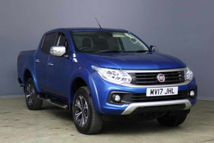 FIAT FULLBACK 2.4D 180 LX DOUBLE CAB WITH ROLL'N'LOCK TOP - 9579 - 1