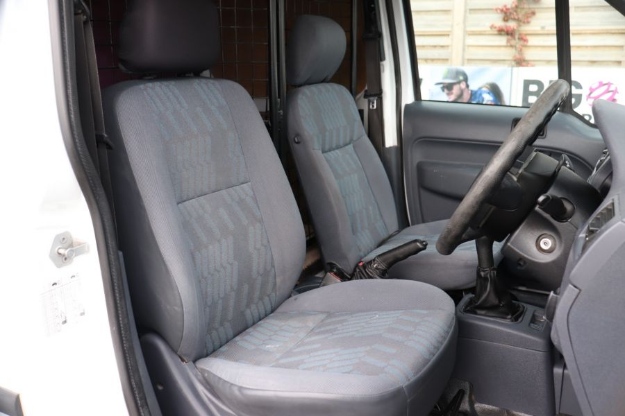 FORD TRANSIT CONNECT T230 L TDCI 90 LWB HIGH ROOF  (13914) - 12297 - 13