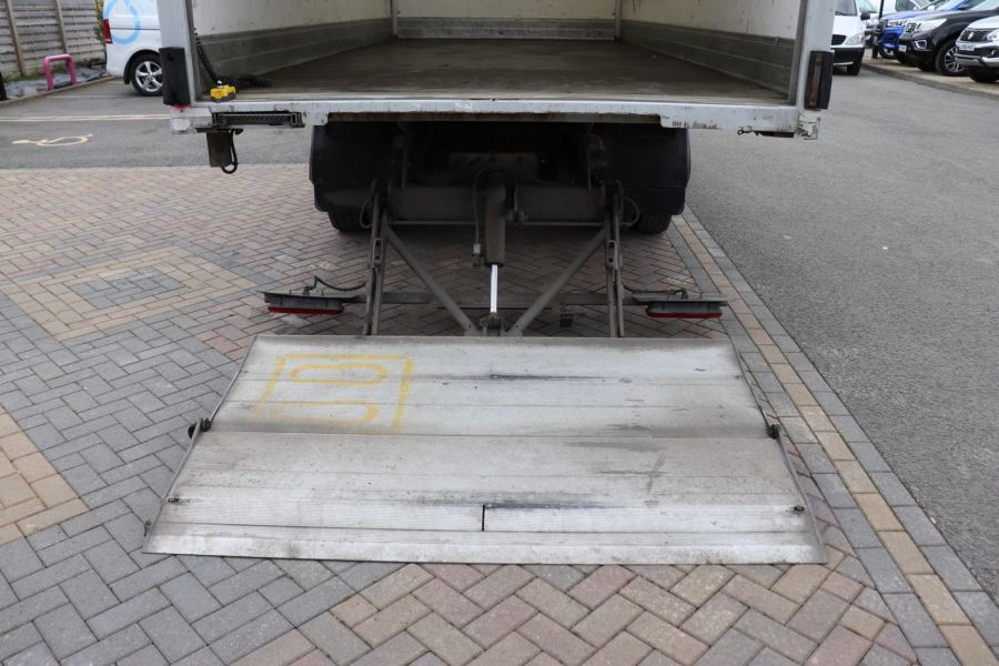 DAF TRUCKS LF LF 150 FA LF 150 FA 20Ft BOX WITH TAIL LIFT  (13928) - 12204 - 41