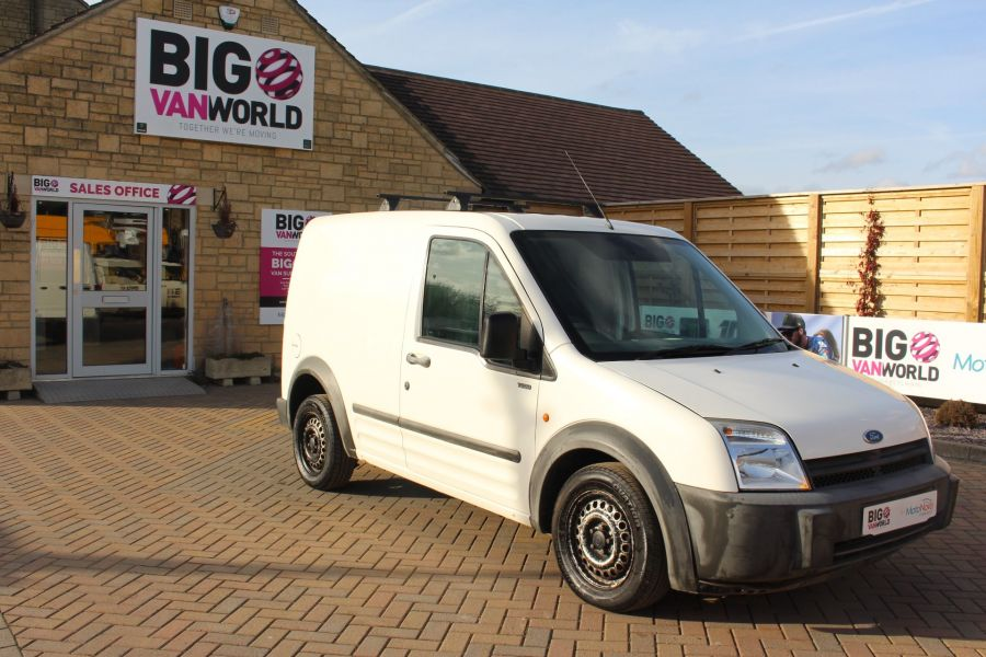 FORD TRANSIT CONNECT T200 TDDI 75 SWB - 7281 - 2