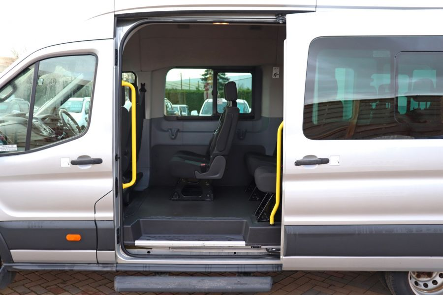 FORD TRANSIT 460 TDCI 155 L4H3 TREND 17 SEAT BUS HIGH ROOF DRW RWD - 10109 - 34