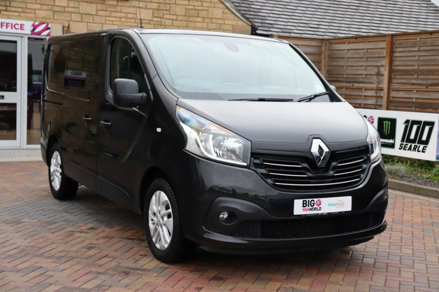 RENAULT TRAFIC SL27 DCI 120 SPORT ENERGY SWB LOW ROOF - 9856 - 3