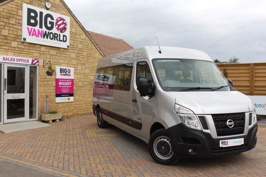 NISSAN NV400 F35 DCI 125 L3 H2 SE LWB MEDIUM ROOF 13 SEAT BUS - 6485 - 1