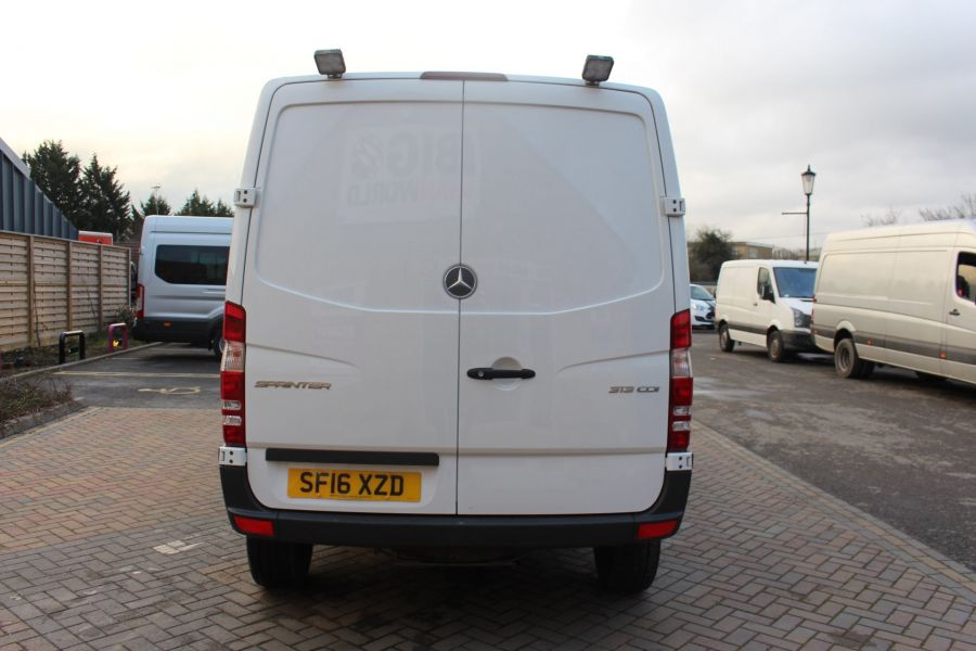 MERCEDES SPRINTER 313 CDI SWB STANDARD LOW ROOF - 8789 - 6