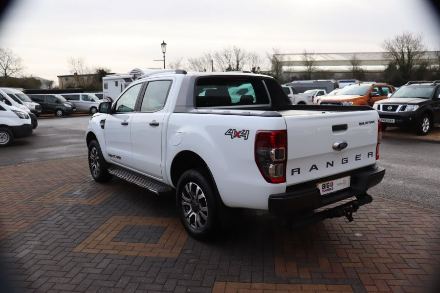 FORD RANGER WILDTRAK TDCI 200 4X4 DOUBLE CAB WITH ROLL'N'LOCK TOP - 8812 - 7