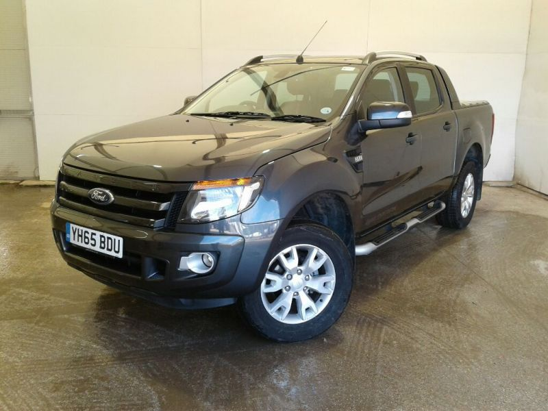 FORD RANGER WILDTRAK TDCI 200 4X4 DOUBLE CAB WITH ROLL'N'LOCK TOP - 10046 - 1