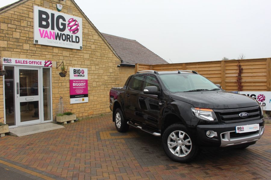 FORD RANGER TDCI 197 WILDTRAK 4X4 DOUBLE CAB WITH ROLL'N'LOCK TOP - 6862 - 1