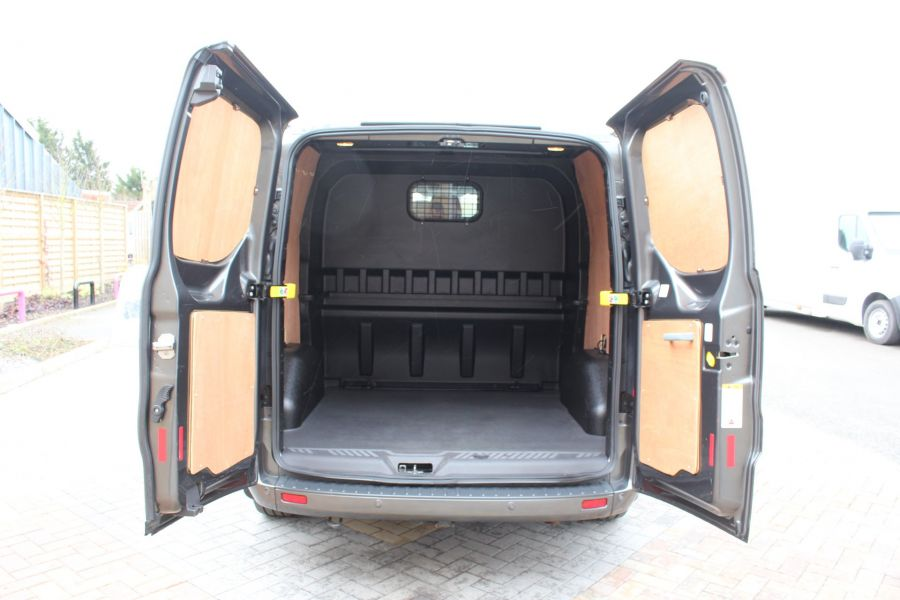 FORD TRANSIT CUSTOM 290 TDCI 125 L1 H1 LIMITED DOUBLE CAB 6 SEAT CREW VAN SWB LOW ROOF FWD - 7542 - 22