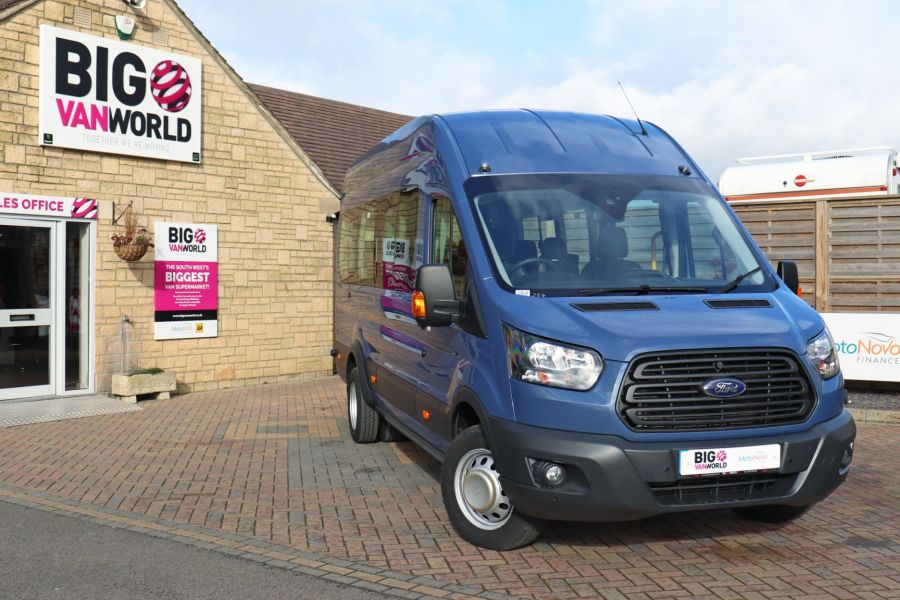 FORD TRANSIT 460 TDCI 155 L4H3 17 SEAT BUS HIGH ROOF DRW RWD - 10252 - 1