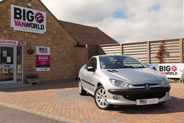 Used PEUGEOT 206 in Used Cars Swindon for sale