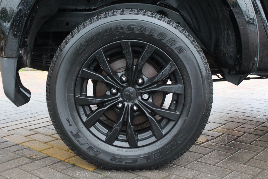 MITSUBISHI L200 DI-D 176 4X4 BARBARIAN BLACK LB SPECIAL EDITIONS DOUBLE CAB WITH ROLL'N'LOCK TOP - 6848 - 10