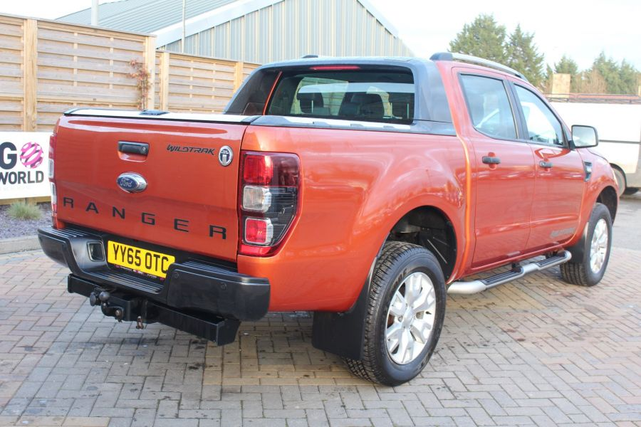 FORD RANGER WILDTRAK TDCI 200 4X4 DOUBLE CAB WITH ROLL'N'LOCK TOP - 8827 - 5