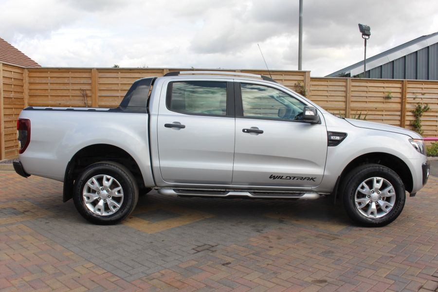 FORD RANGER WILDTRAK TDCI 200 4X4 DOUBLE CAB  - 8201 - 4