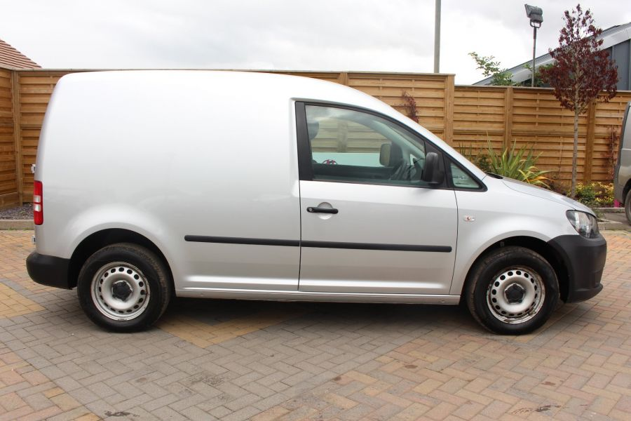VOLKSWAGEN CADDY C20 TDI 75 - 6649 - 4