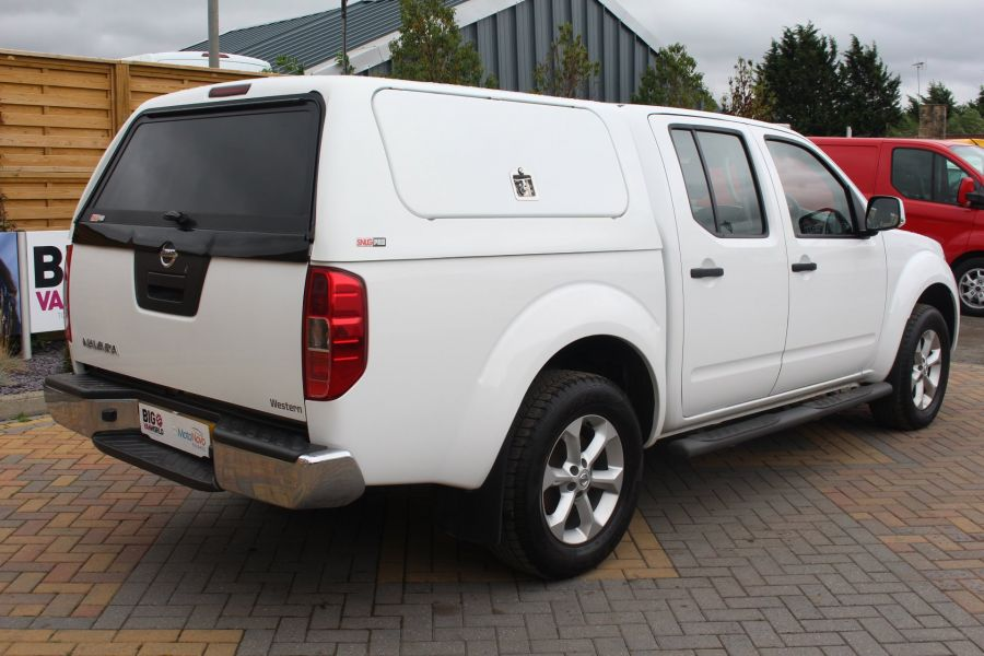 NISSAN NAVARA DCI ACENTA 4X4 DOUBLE CAB WITH TRUCKMAN TOP - 6447 - 5