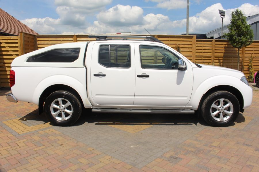 NISSAN NAVARA DCI 190 TEKNA CONNECT 4X4 DOUBLE CAB WITH SPORT TRUCKMAN TOP - 6295 - 4