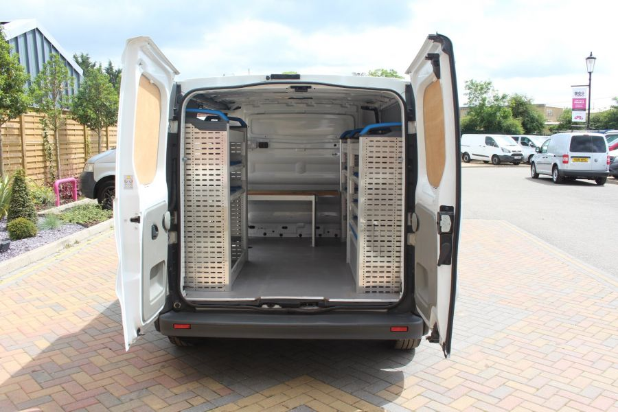 RENAULT TRAFIC SL27 DCI 115 SWB LOW ROOF - 6284 - 23