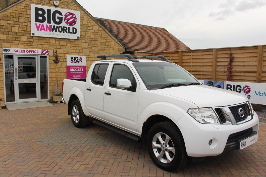 NISSAN NAVARA DCI 190 TEKNA CONNECT 4X4 DOUBLE CAB - 7425 - 2