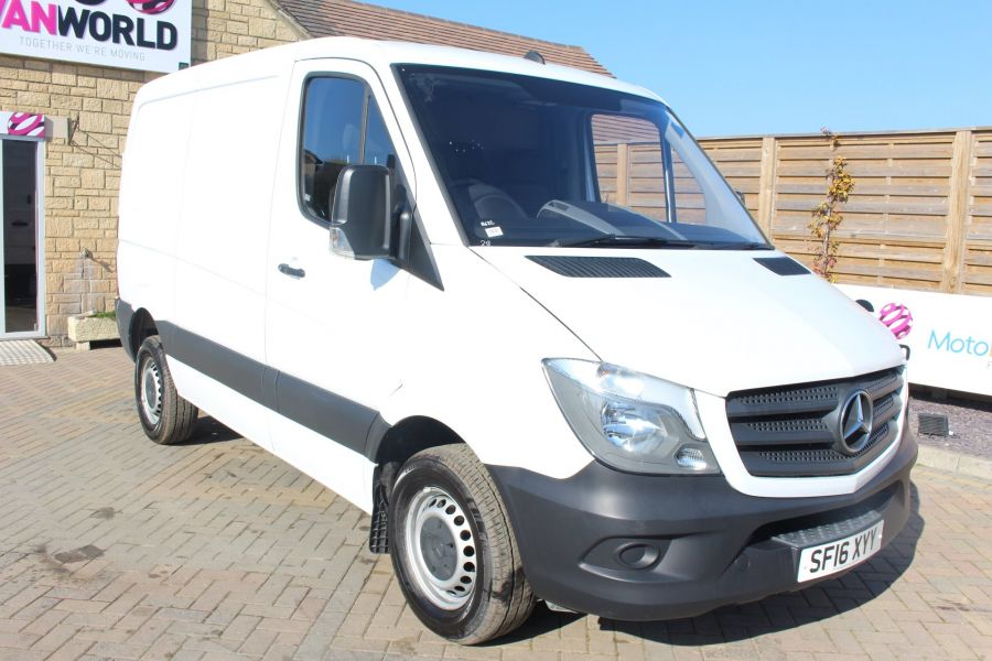 MERCEDES SPRINTER 313 CDI SWB STANDARD LOW ROOF - 8790 - 1