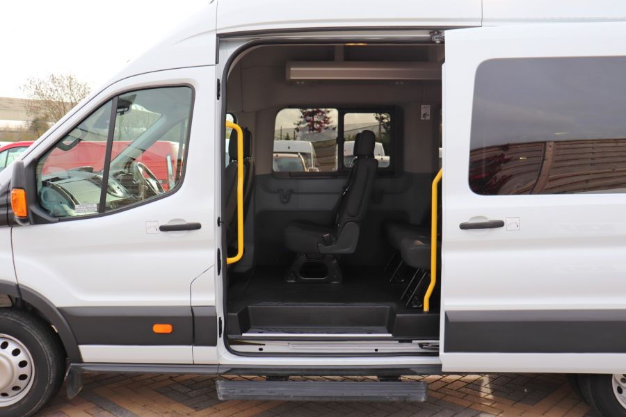 FORD TRANSIT 460 TDCI 125 L4H3 TREND 17 SEAT BUS HIGH ROOF DRW RWD - 11514 - 37