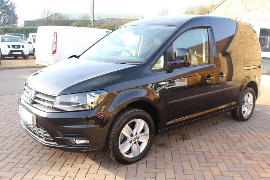 VOLKSWAGEN CADDY C20 TDI 150 HIGHLINE BLUEMOTION TECH DSG - 7222 - 8