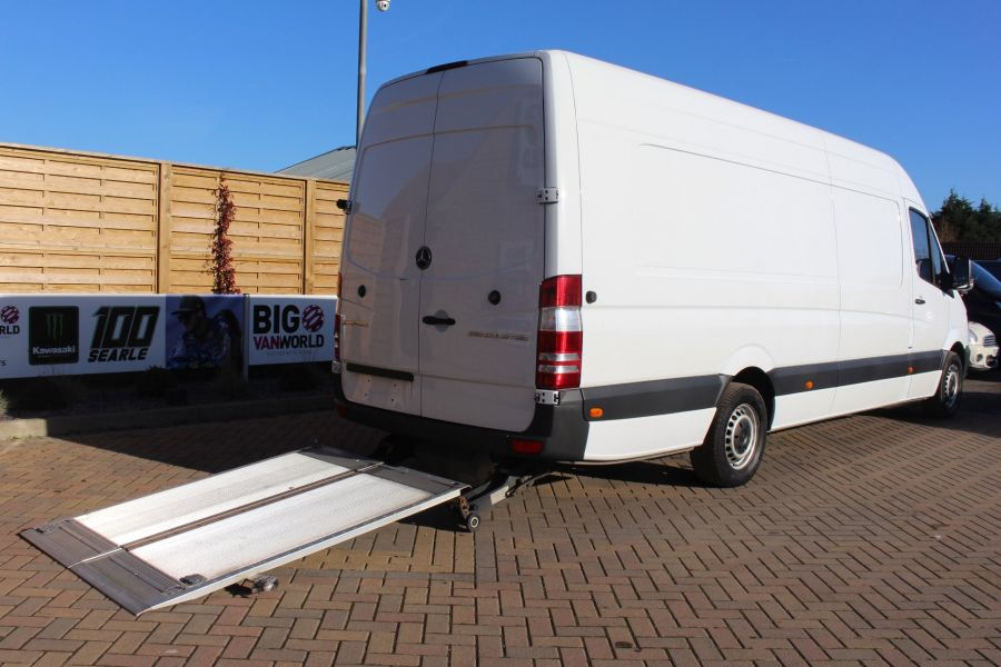 MERCEDES SPRINTER 319 CDI XLWB HIGH ROOF - 6971 - 23
