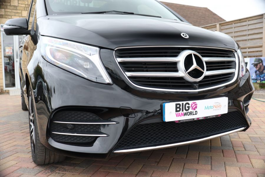 MERCEDES V-CLASS V 220 D AMG LINE LONG 8 SEATS 7G--TRONIC PLUS - 10543 - 57
