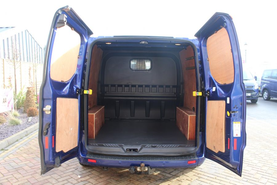 FORD TRANSIT CUSTOM 290 TDCI 125 L2 H1 LIMITED DOUBLE CAB 6 SEAT CREW VAN LWB LOW ROOF FWD  - 7113 - 24