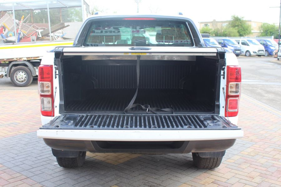 FORD RANGER WILDTRAK TDCI 200 4X4 DOUBLE CAB WITH ROLL'N'LOCK TOP - 9156 - 24