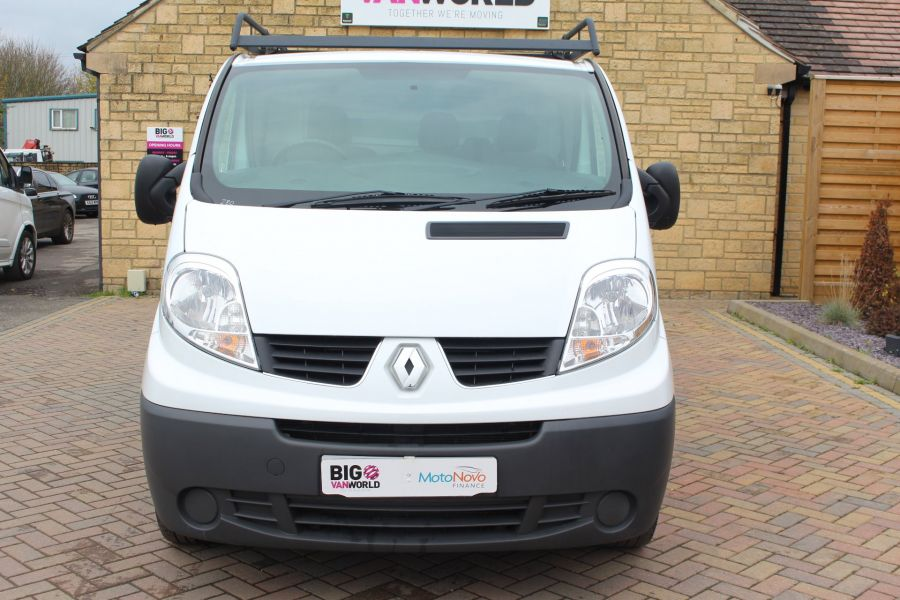 RENAULT TRAFIC SL27 DCI 115 ECO2 SWB LOW ROOF - 6914 - 9