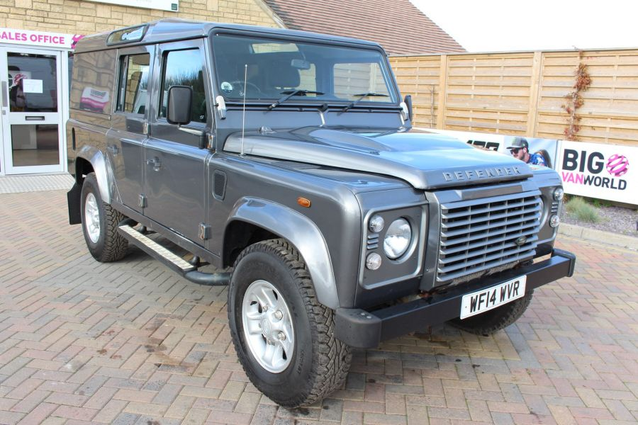 LAND ROVER DEFENDER 110 TD XS UTILITY WAGON 5 SEAT DOUBLE CAB - 8382 - 1